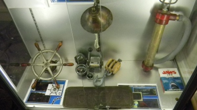 jaws-props-3