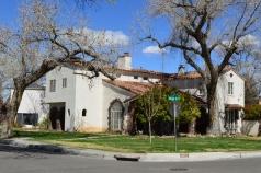 322 16th St SW Albuquerque, NM 87104